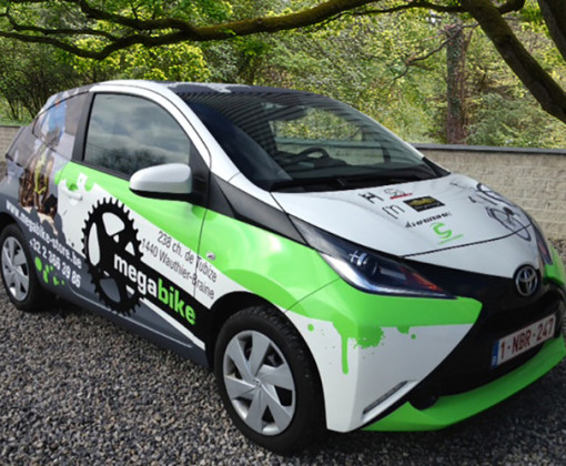 solution-vehicle-graphics-image3